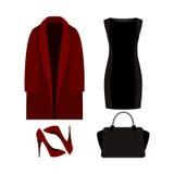Satz modische Kleidung der Frauen mit Mantel, Kleid und Zubehör Stockfoto
