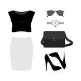 Satz modische Kleidung der Frauen mit Rock, Spitze, Pumpe und Accessor Stockbild