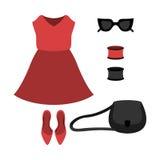 Satz modische Kleidung der Frauen mit rotem Kleid und Zubehör Stockfoto