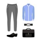 Satz modische Kleidung der Männer mit Hosen, Hemd und Zubehör Stockfotografie