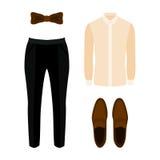 Satz modische Kleidung der Männer mit Hosen, Hemd und Zubehör Stockfotos