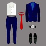 Satz modische Kleidung der Männer mit Hosen, Jacke, Hemd und Zugang Stockfotografie