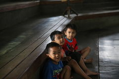 Satz-Musikschule Kind-Angklung Ujo in Bandung Stockbild