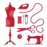 Satz nähende Elemente und Embleme der Weinlese Logo des Schneidershops im alten Stil Lizenzfreie Stockbilder