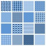 Satz nahtlose geometrische Muster im Blau Stockbilder