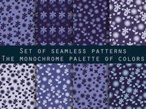 Satz nahtlose Muster mit Blumen Schatten des Blaus, purpurrot Vektor Abbildung