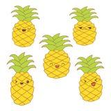 Satz nette Ananas mit verschiedenen Gefühlen für Aufkleber, Netz, Druck, Dekoration, Illustration Lizenzfreie Stockfotos