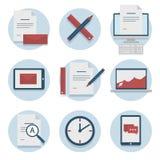 Satz Netzikonen für flaches Design des Geschäfts, Finanzierung und Kommunikation, Marketing Stockbilder