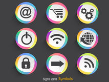 Satz Netzzeichen und -symbole Stockfotos