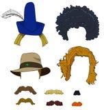 Satz Perücken mit Hüten und den Schnurrbärten Lizenzfreie Stockfotos