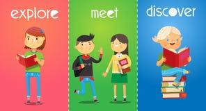 Satz Poster mit Karikaturkindern in der Schule Mädchen liest ein Buch Lizenzfreies Stockbild