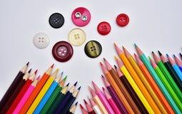 Satz realistische bunte farbige Bleistifte Stockfotos