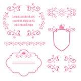 Satz rosa Blumenrahmen mit Kronen Stockfoto