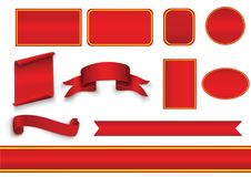Satz Rot kurvte die leeren Papierfahnen, die auf transparentem Hintergrund lokalisiert wurden Auch im corel abgehobenen Betrag Lizenzfreies Stockfoto