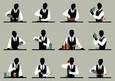 Satz Schattenbilder eines Barmixers bereitet Cocktails vecto auf Lager vor Lizenzfreie Stockfotos