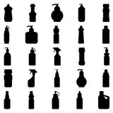 Satz Schattenbilder von Behältern und von Flaschenhaushaltschemikalien Stockfotos