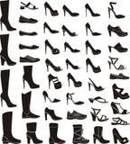 Satz Schuhe einer Frau Stockfotos