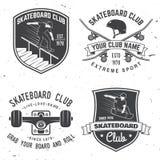 Satz Skateboardklubabzeichen Auch im corel abgehobenen Betrag Stockbild
