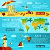 Satz Sommerreise- und -freizeitfahnen Vektor Stockfoto