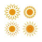 Satz Sonnen auf einem weißen Hintergrund Lizenzfreies Stockfoto