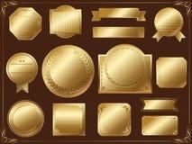 Satz sortierte Goldaufkleber auf einem schwarzen Hintergrund, Vektor ohne Textprobe stockfotografie