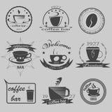 Satz themenorientierte Monochromaufkleber des Weinlesekaffees Vektor stock abbildung