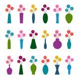 Satz Vasen mit Blumen, Illustration Stockbilder