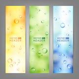 Satz Vektorfahnen mit Wasser fällt auf Glas Stockfoto
