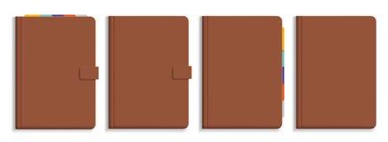 Satz Vektorillustrationen des braunen ledernen Tagebuchs mit buntem Lizenzfreie Stockfotografie