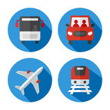 Satz in Verbindung stehende Ikonen des Transportes Stockfotos