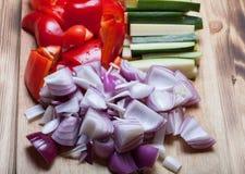 Satz verschiedene Arten des Gemüses für das Kochen Selektives focu Stockfoto