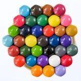 Satz verschiedene farbige Bleistifte auf weißem Hintergrund Lizenzfreie Stockfotografie