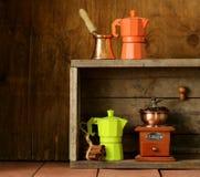 Satz verschiedene Küchengeräte für Kaffee Stockfoto
