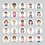 Satz verschiedene runde Avataras Verschiedene Nationalitäten, Kleidung und Frisuren Stockbild
