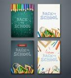 Satz verschiedene vertikale Fahnen mit Schulbedarf Stockfotografie