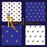 Satz von 4 einfachen königlichen Mustern Stockbilder