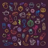 Satz von 55 Ikonen auf dem Thema des Lebensmittels, der verschiedenen Teller und der Küchen Stockfotografie