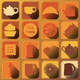 Satz von 16 Ikonen Frische Erdbeeren und Tee auf Porzellanporzellantellern Brown-Töne Lizenzfreies Stockbild