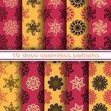 Satz von 10 nahtlosen dekorativen Blumenmustern Stockfotos