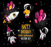 Satz von netten Astronauten und von Rakete im Raum für Geburtstagsfeier in der kosmischen Art Lizenzfreie Stockfotos