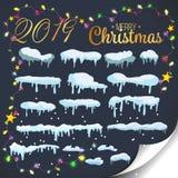 Satz von Schneeelementen, von Schneekappen, von Schneewehen lokalisiert auf blauem Hintergrund für Design und von Dekoration von  vektor abbildung