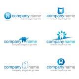 Satz von sechs zahnmedizinischen Logos Stockfotografie