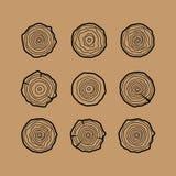Satz von vier Baumringikonen Konzept von sah, Baumstamm zu schneiden Tre Stockbild