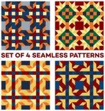 Satz von vier stilvollen geometrischen nahtlosen Mustern mit Raute, Dreiecken und Quadraten von Blauem, von Grünem, von Goldenem, Lizenzfreies Stockbild