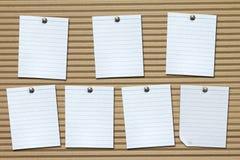 Satz weiße Briefpapiere auf Pappe Lizenzfreies Stockfoto