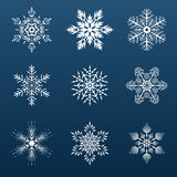 Satz weiße Schneeflocken für die Verzierung Lizenzfreie Stockfotos