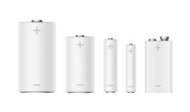 Satz weißer Matt Alkaline Batteries Diffrent-Größe Stockbilder