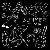 Satz weißer Sommer skizziert die Hand, die im Bleistift gezeichnet wird Lizenzfreie Stockbilder