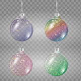 Satz Weihnachtsbälle in den verschiedenen Farben auf transparentem Hintergrund Stockfoto