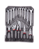 Satz Werkzeuge in einem grauen Werkzeugkasten Stockfotografie